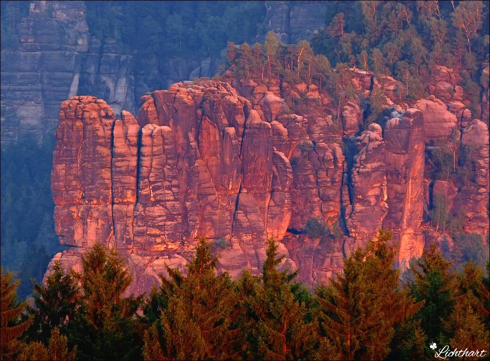 Red-Rocks